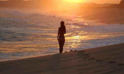Consejos para ir a una playa nudista y no morir en el intento