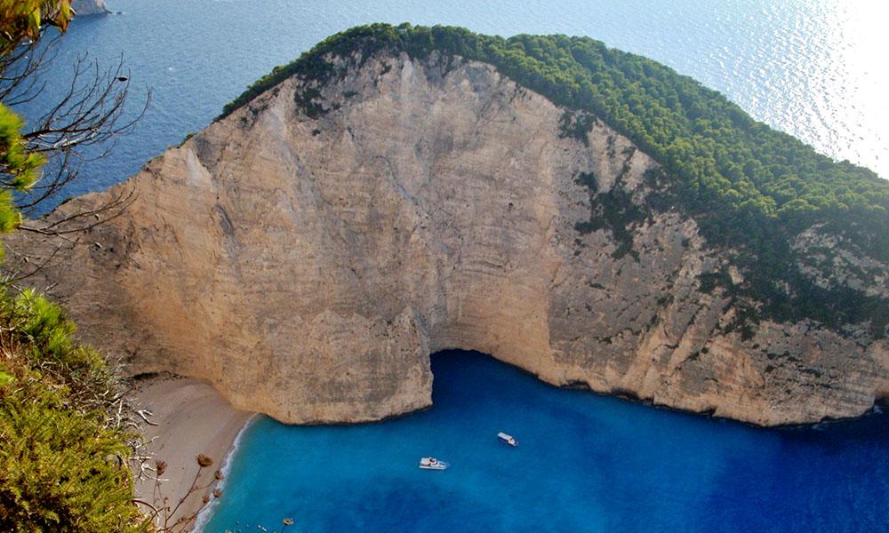 Navagio, la mejor playa del planeta te está esperando