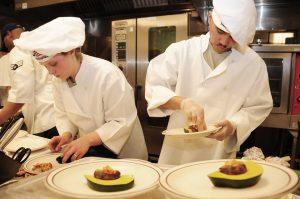 Si estudias para ser chef viajarás por el mundo