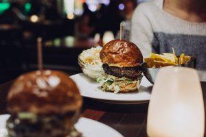 We love burguers, donde comer hamburguesas en la Ciudad de México.
