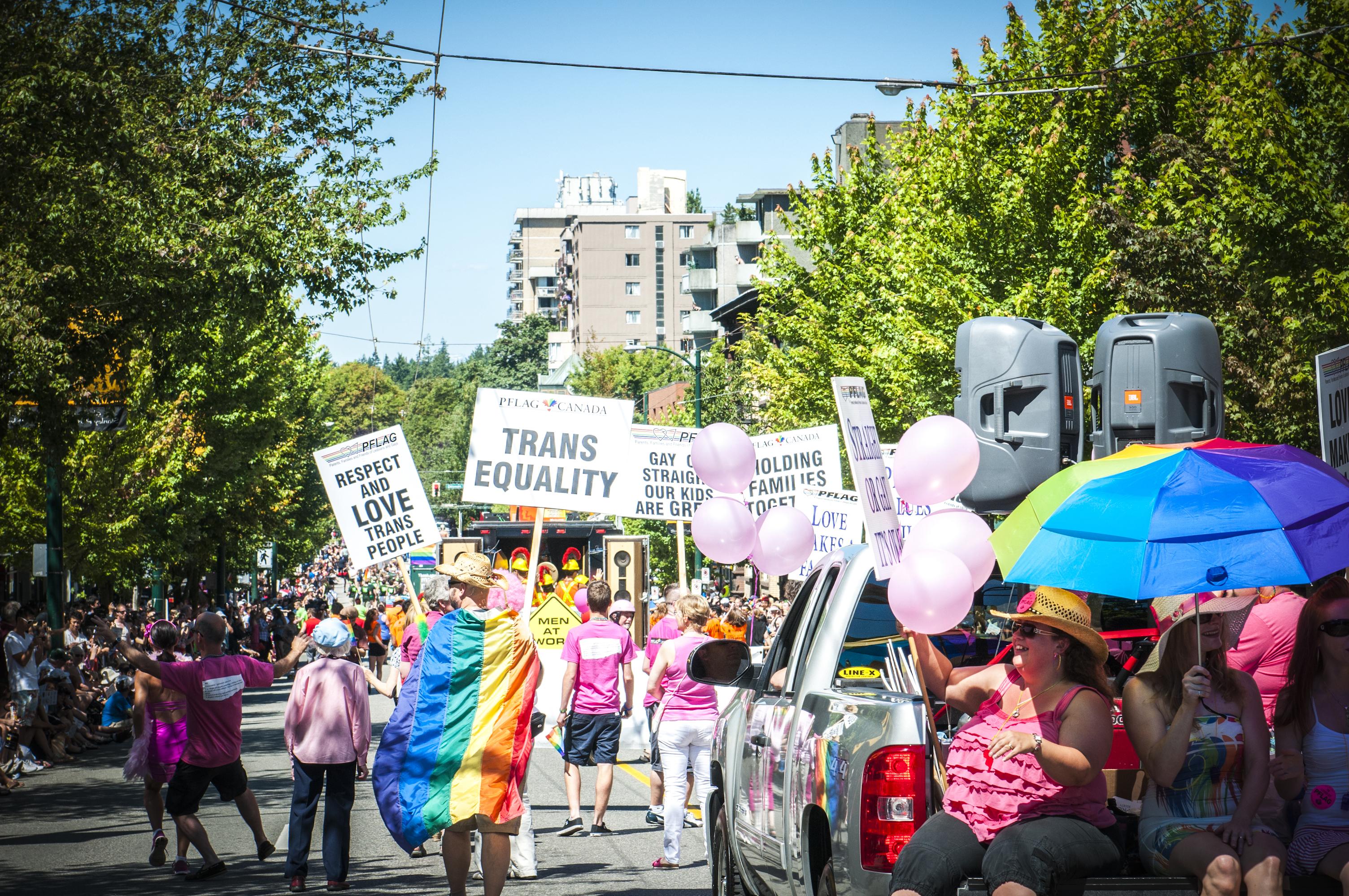 Canada ciudades gay friendly parade
