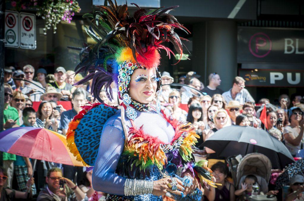 drag queen ciudades canada gay friendly vancouver