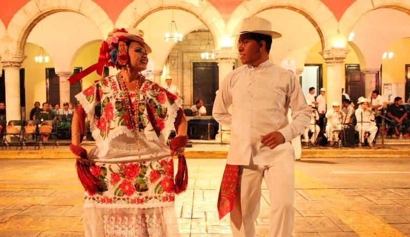 Descubre las fiestas y tradiciones de Yucatán