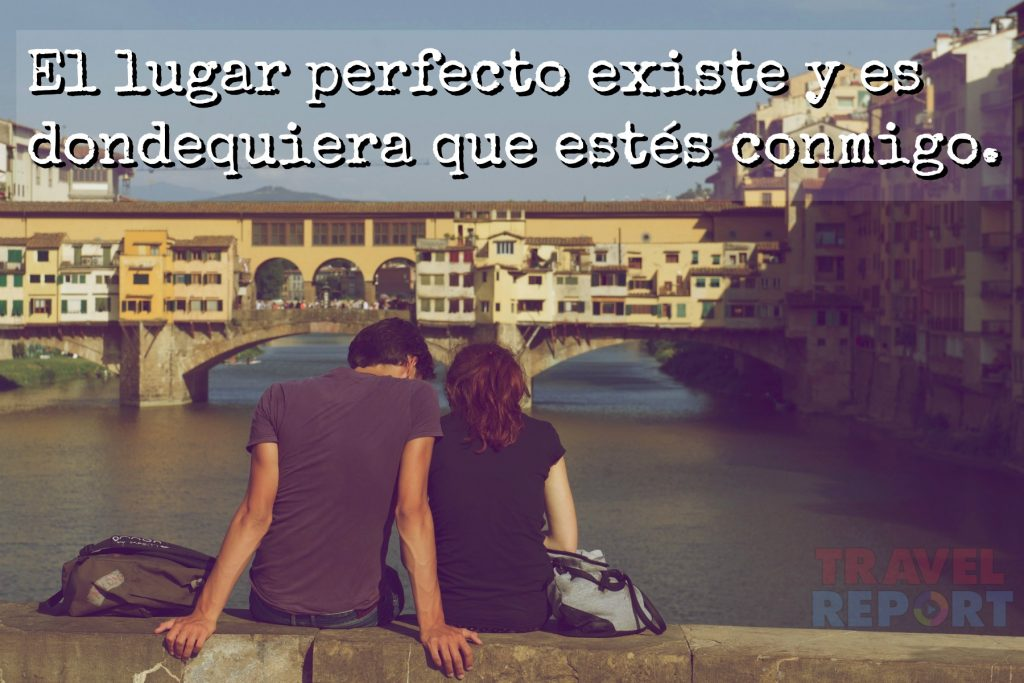 pareja viendo al horizonte ciudad frases de amor viajes