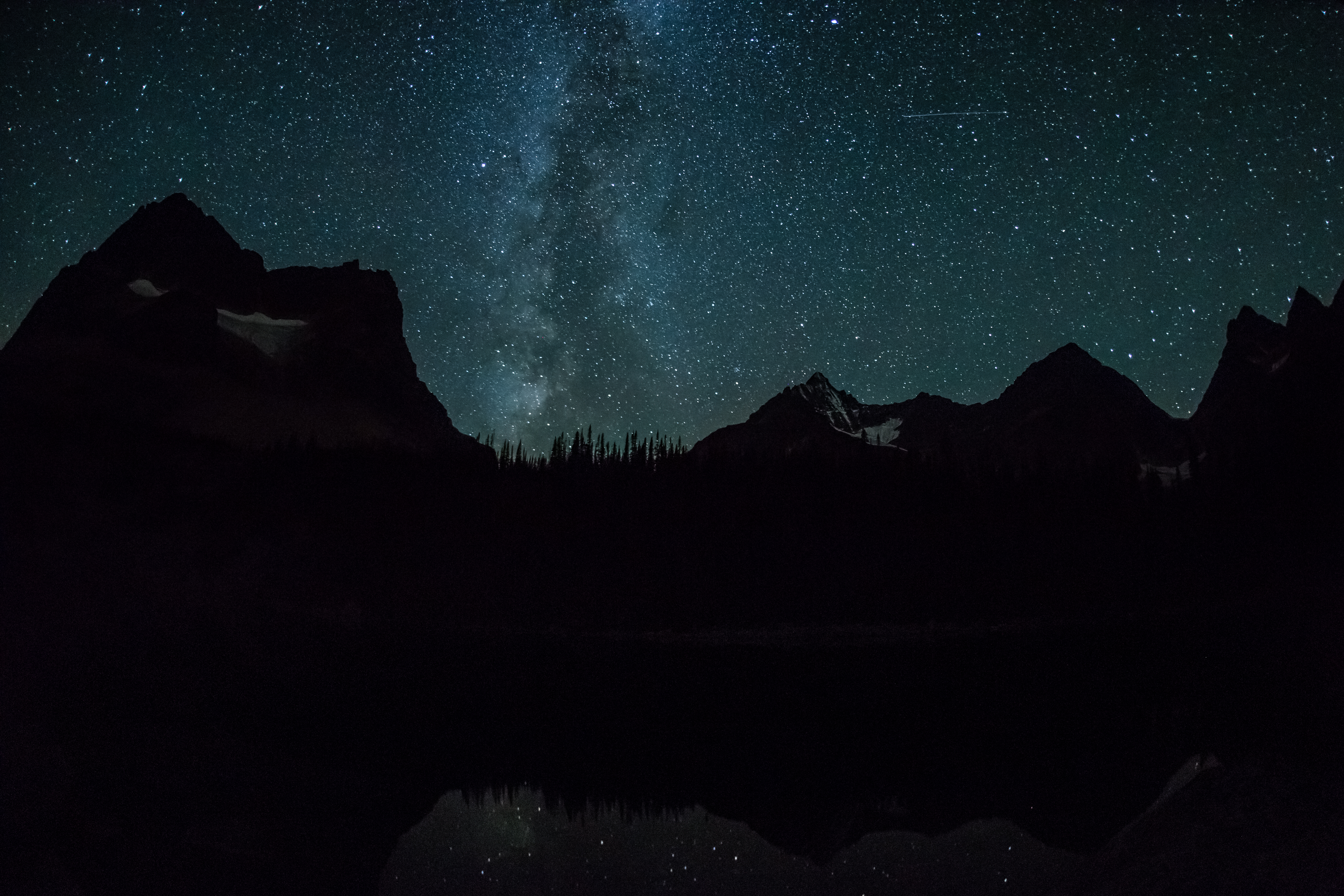 montañas rocallosas canadienses
