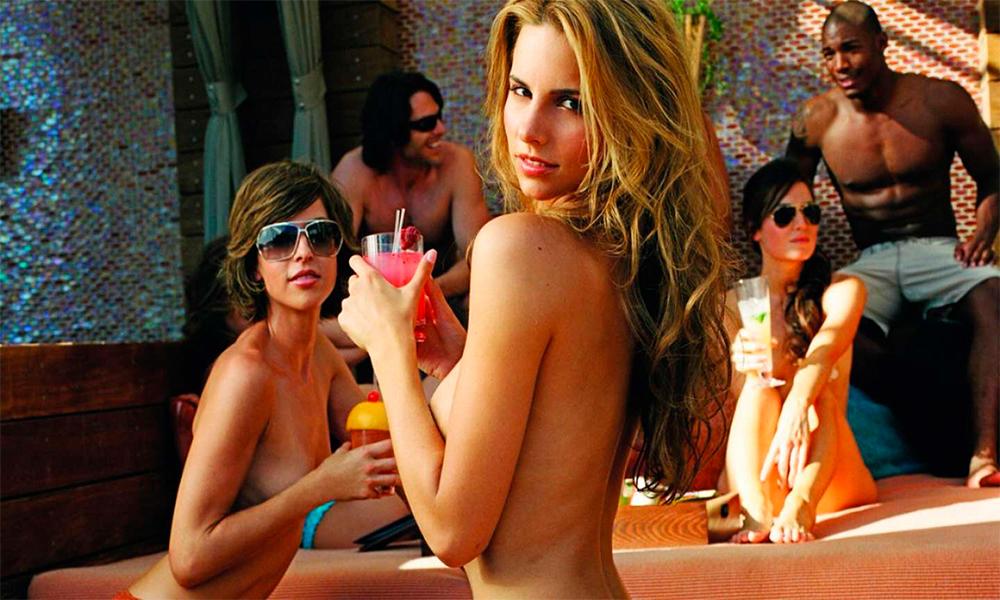 Mejores albercas en Las Vegas asolearse topless