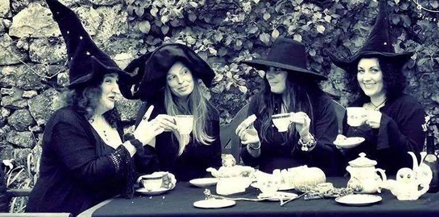 Cafeterías temáticas en la Ciudad de México Salem Witch Store2