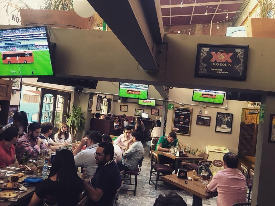Cantinas y bares para disfrutar el Mundial en la CDMX La Esquina