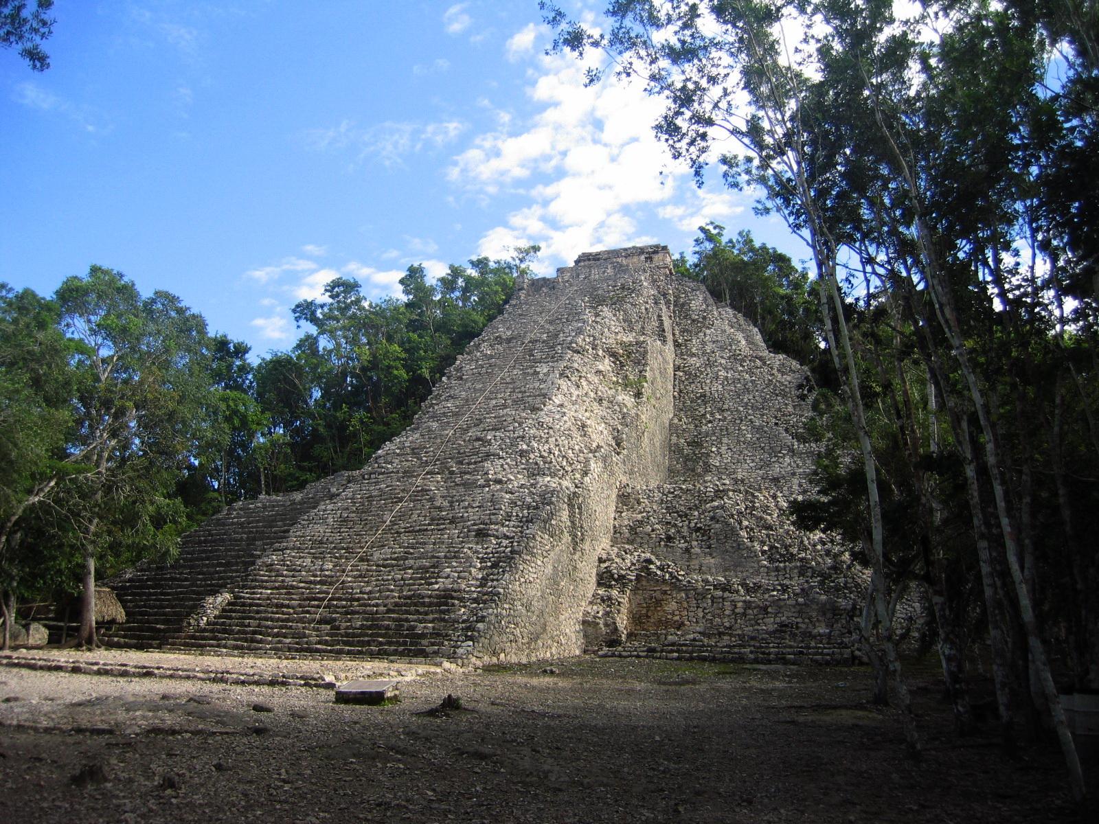 Cobá, la cima del mundo maya