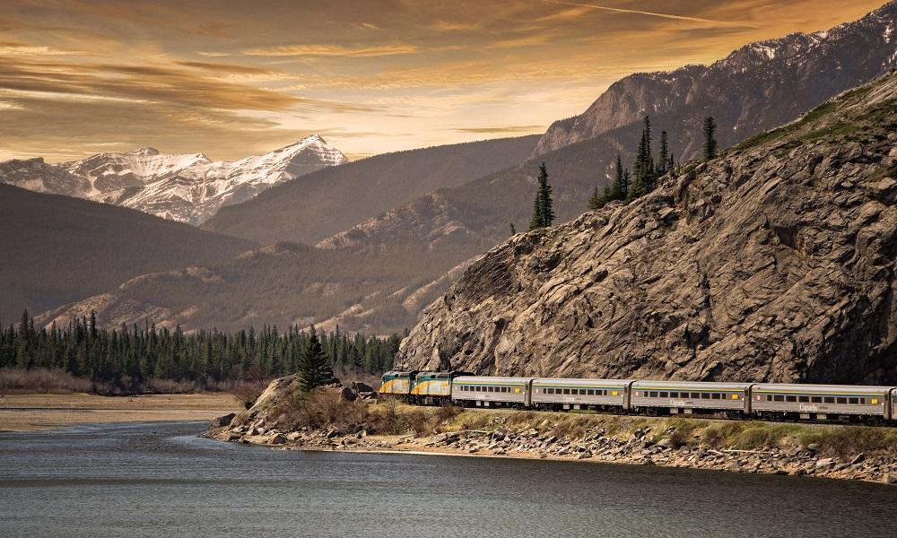 Cuánto cuesta viajar en tren de Toronto a Vancouver