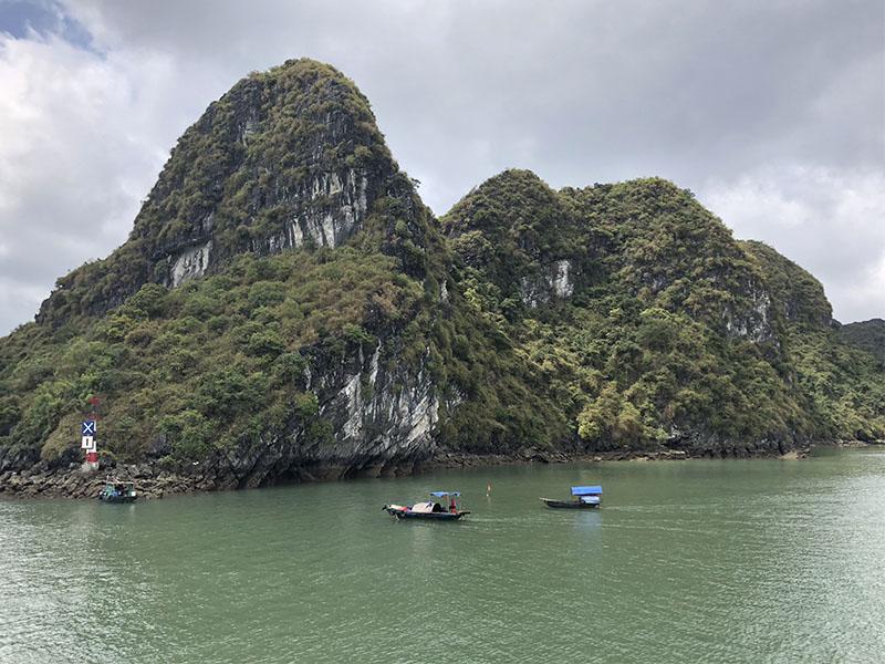 que hacer en vietnam HaLongBay