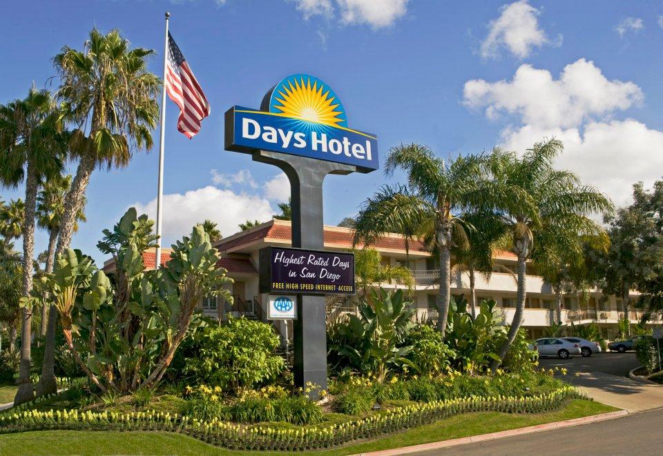 Hoteles en San Diego buenos, bonitos y baratos Days Inn San Diego Hotel Circle Near Seaworld