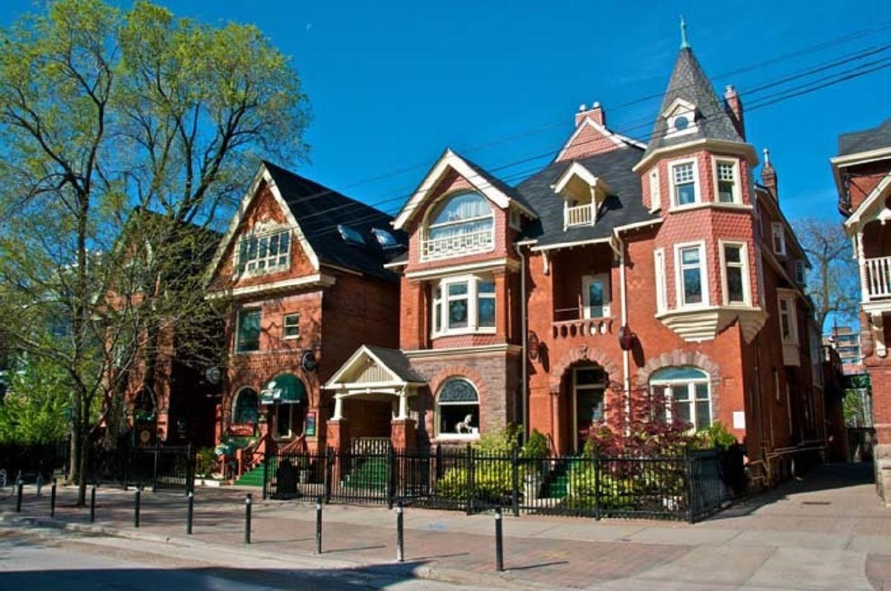 Hoteles en Toronto Madison1