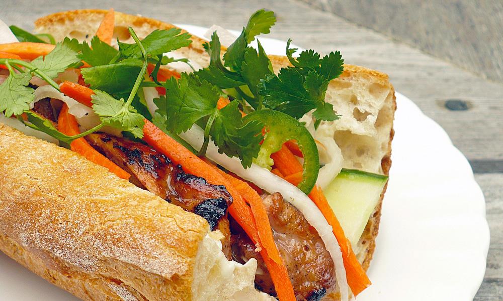 comida de vietnam bánh mì