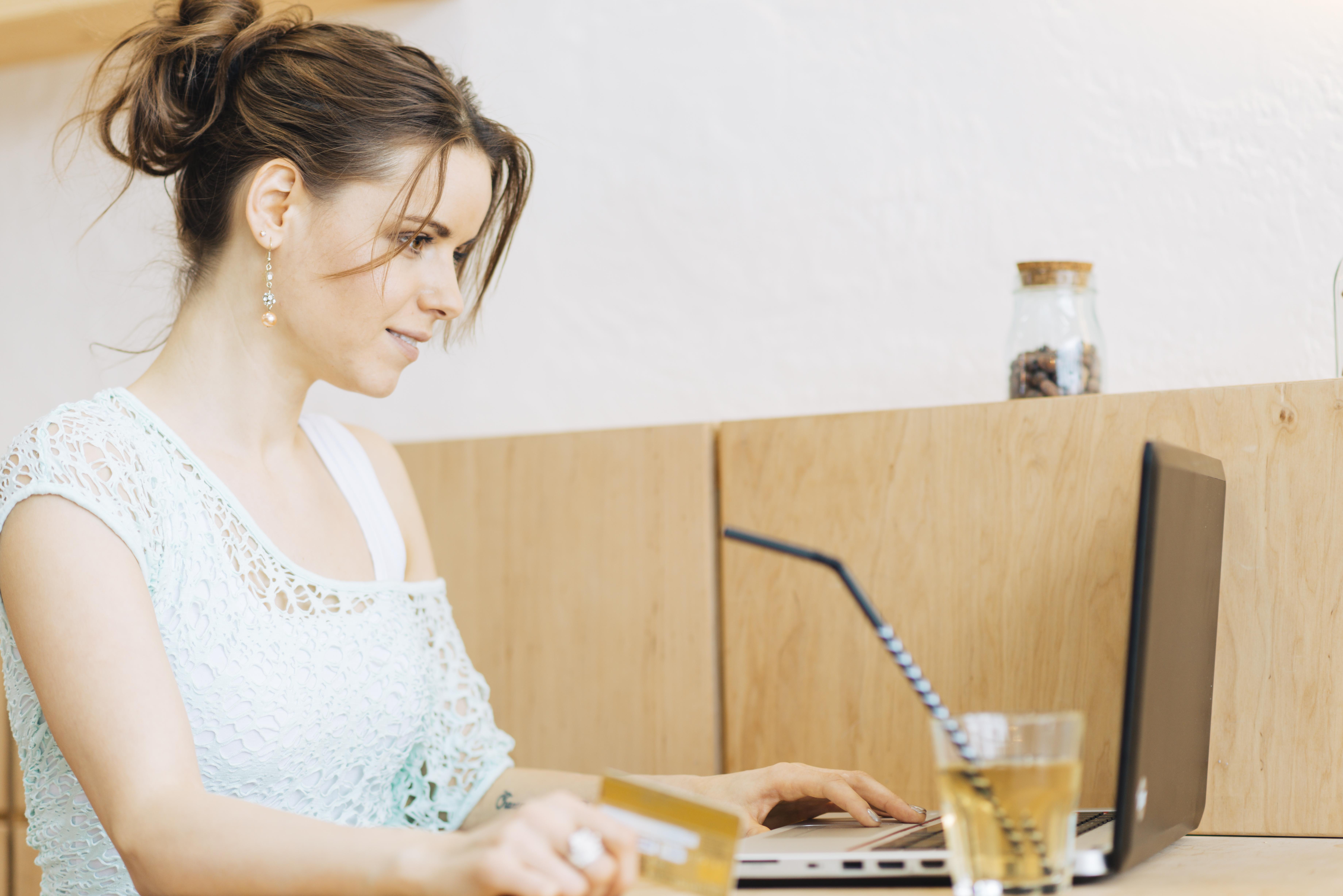 Cómo comprar viajes por Internet, tips de seguridad