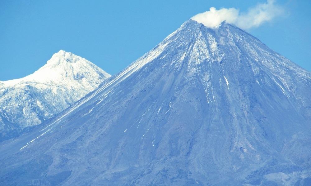 Cuánto cuesta admirar aves y volcanes en Colima
