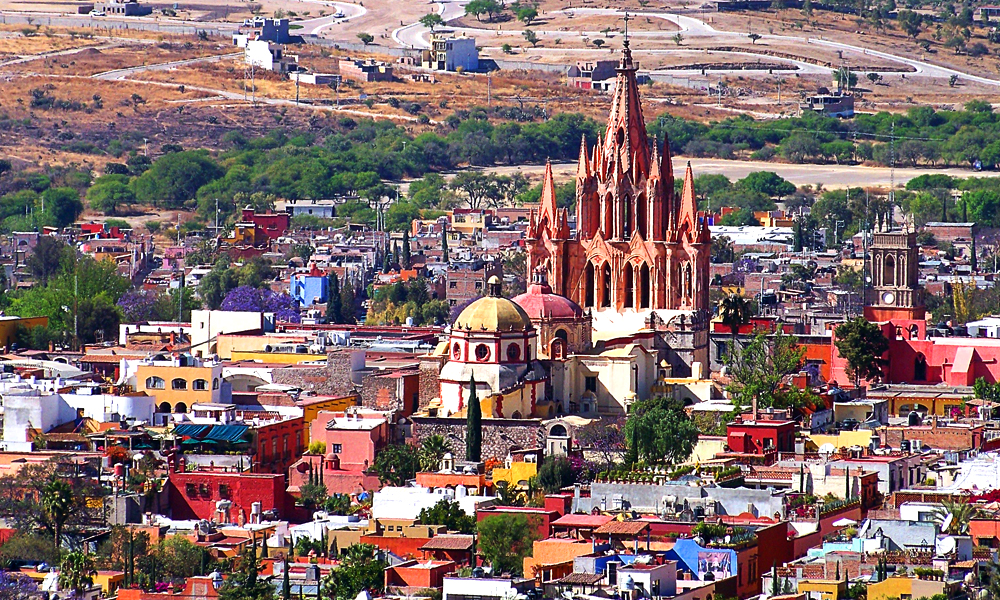 Mejores-cosas-que-hacer-en-San-Miguel-de-Allende-en-pareja-fabrica-mirador