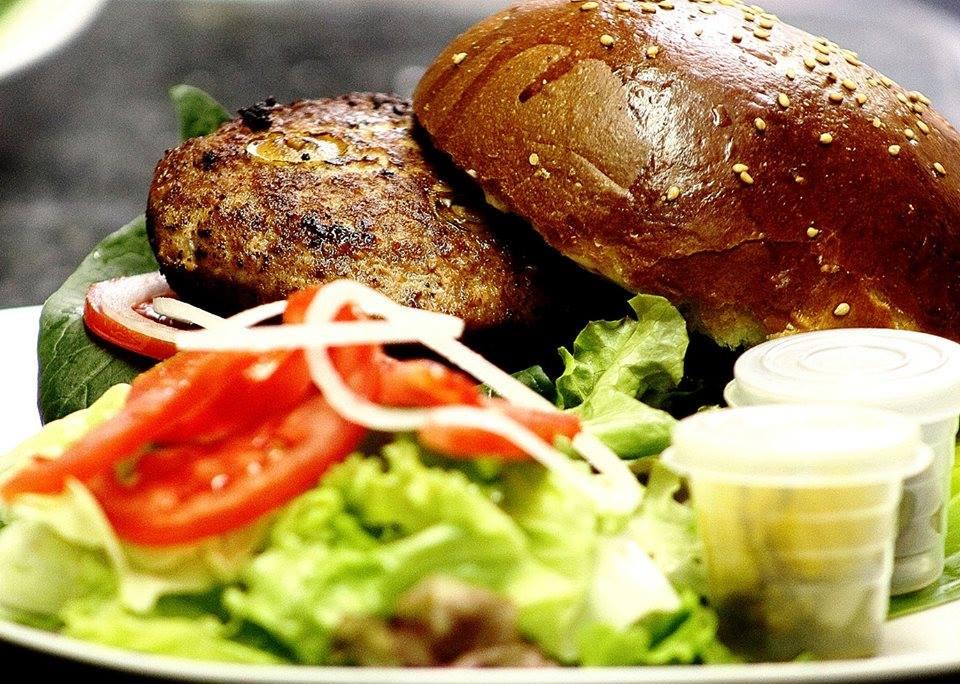 las mejores-hamburguesas-de-la-ciudad-de-mexico-la-santa-gula
