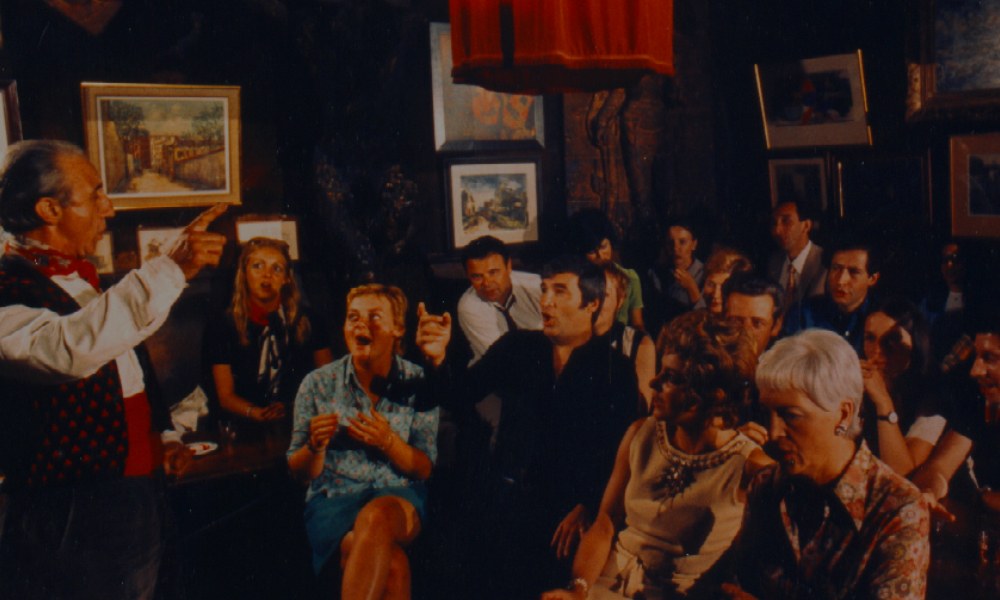 Cabarets enParís cuando ya fuistea Moulin Rouge:Au Lapin Agile
