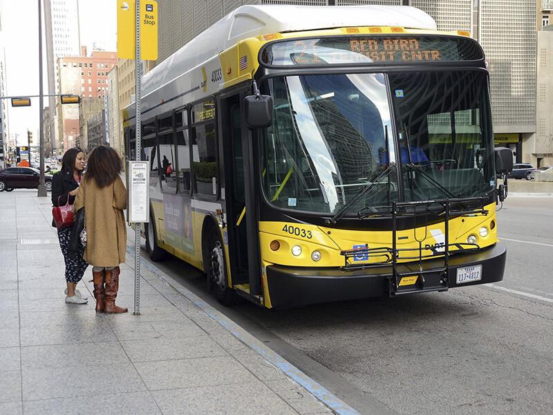 Как пользоваться общественным транспортом в Далласе: все, что нужно знать