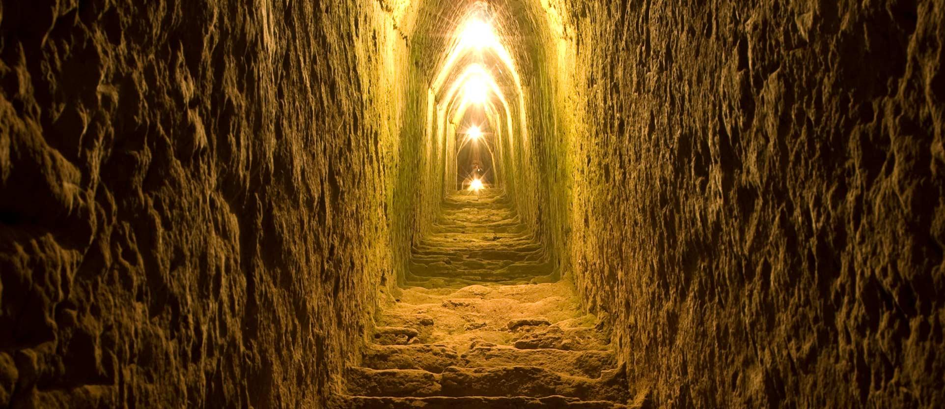 interior de los túneles de Cholula