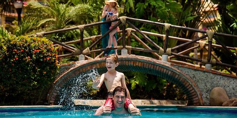 El hotel Velas Vallarta cuenta con una gran oferta de actividades para niños de todas las edades.