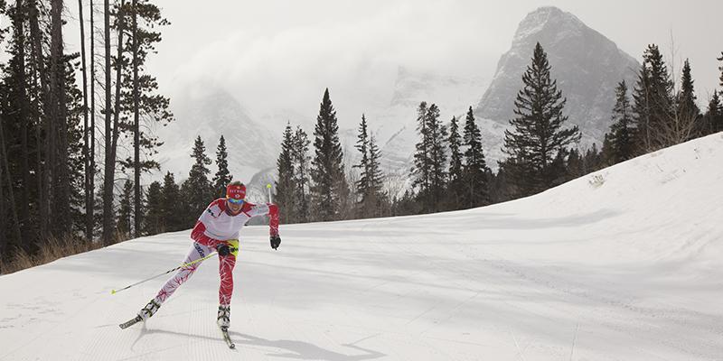 Canmore en invierno – Travel Alberta 1