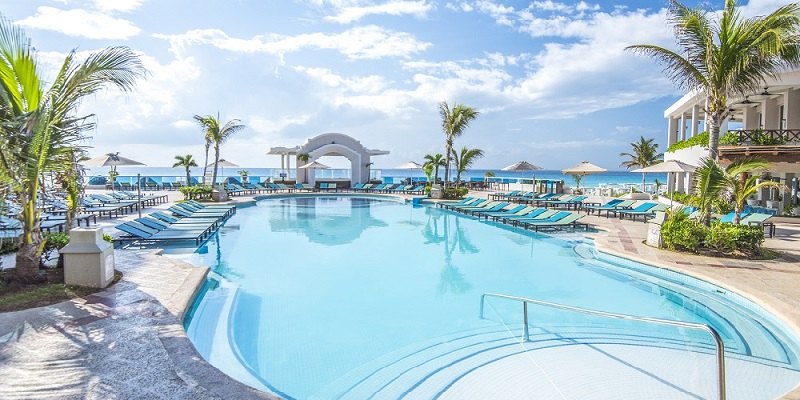 El ABC de Panama Jack Resorts