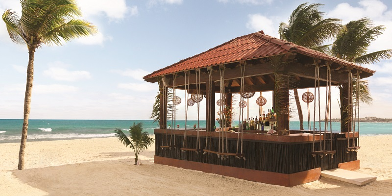 El ABC de Panama Jack Resorts