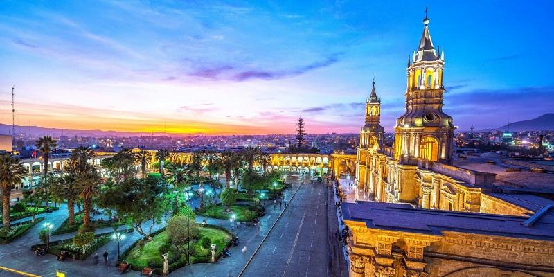 cuánto cuesta viajar a Perú