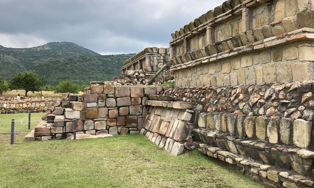 Plazuelas zona arqueológica