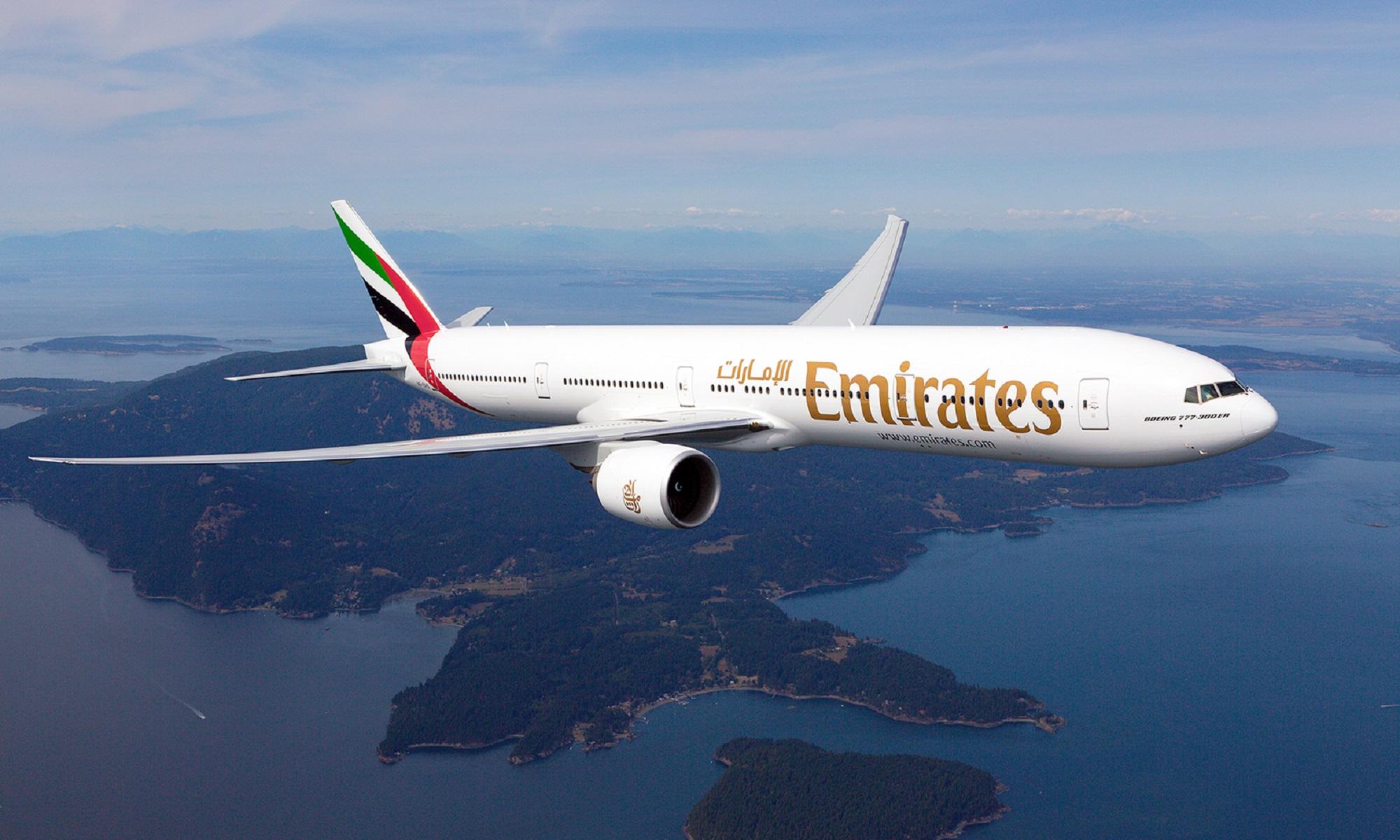 Emirates aterriza en México