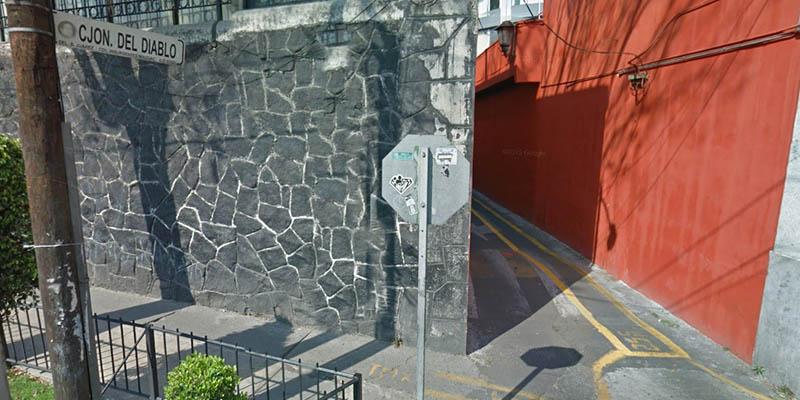 leyendas-de-la-ciudad-de-mexico-callejon-de-diablo