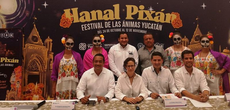 Yucatán celebra el Festival de las Ánimas Hanal Pixán