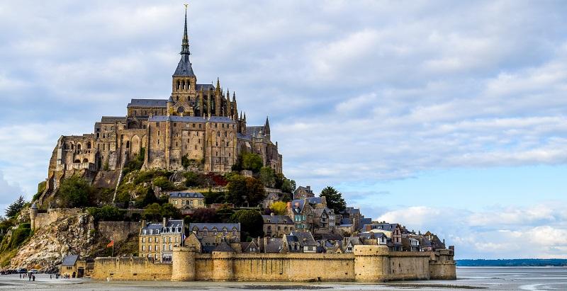 Impulsan el turismo religioso en Francia