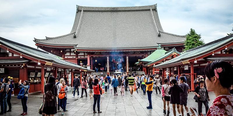 Turistas chinos se preparan para empezar a viajar