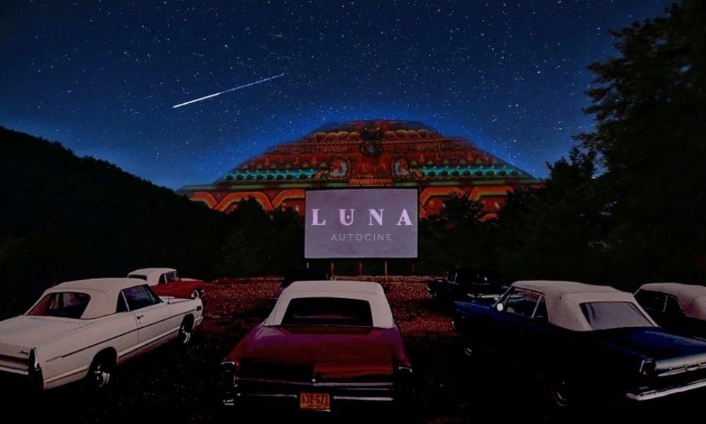 Luna Autocine, el nuevo autocinema en Teotihuacán