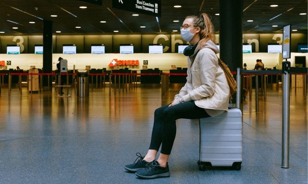 ¿Viajar en avión aumenta el riesgo de contagio por Covid?