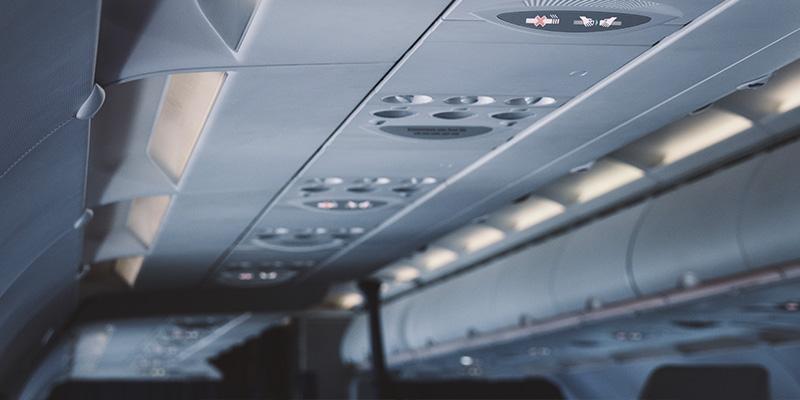 Cómo volar seguro en tiempos de COVID-19