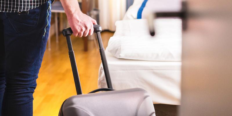 Cómo cuidarte del covid-19 al quedarse en un hotel