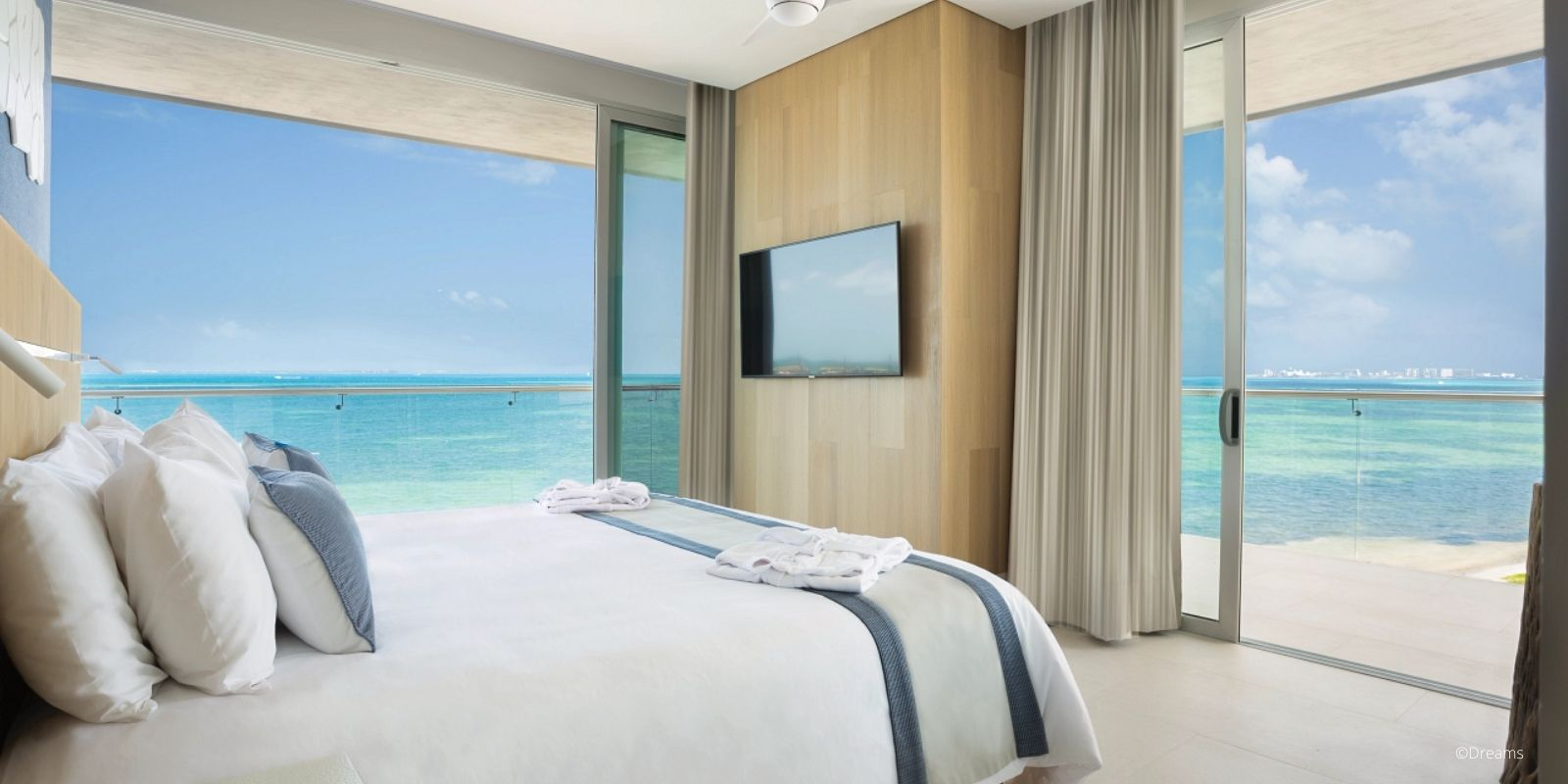 dreams-vista-cancun-golf-spa-resort- 3