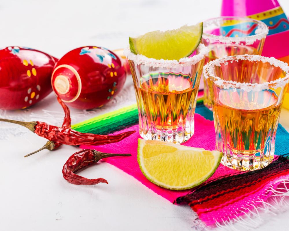 tequila-noche-mexicana