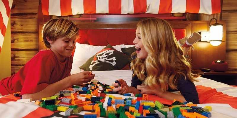 Legoland-hotel-california